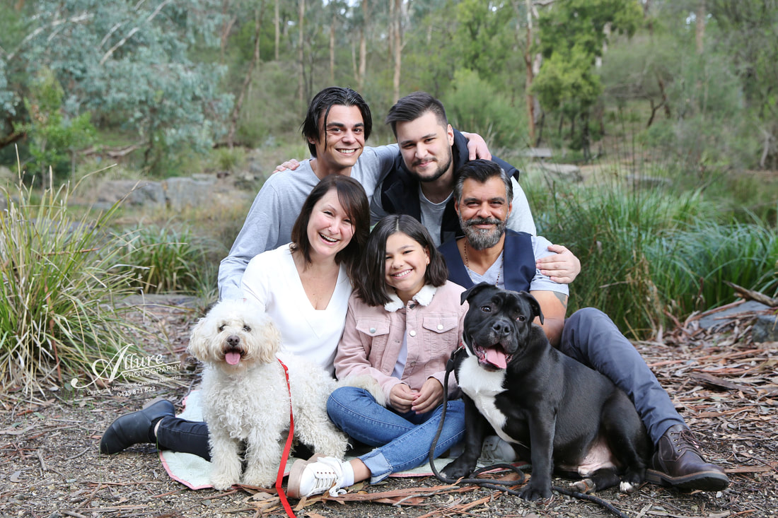 family photographer outdoors melbourne